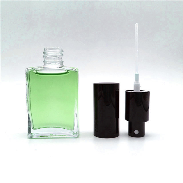 High quality and fine workmanship square shape 30ml glass perfume bottle with pump spray lid